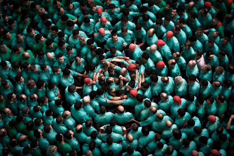 DAVID OLIETE - THE SKY OF HUMAN TOWERS_01.jpg